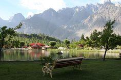 So wonderful nature beauty view of Beautiful Shangrila lake Skardu Hunza valley Gilgit Baltistan Pakistan Honeymoon Places, Honeymoon Destinations, Shangrila Resort, Wonderful Places, Beautiful Places, Amazing Places, Beautiful Scenery, Places To Travel, Places To Visit