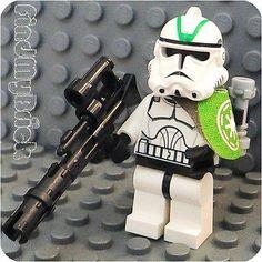 SW604 Lego Star Wars Custom Clone Trooper Minifigure with Green Mark Helmet NEW