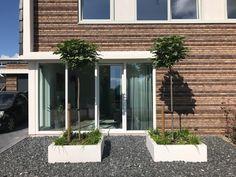 Polyester plantenbak 120x120x40 cm zuiver wit Mystic Garden, Outdoor Gardens, Garden Design, New Homes, Yard, Interior, Outdoor Decor, House, Driveways