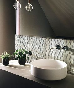 Carrelage Métro Blanco | Mural, adhésif | Smart Tiles Self Adhesive Backsplash, Peel N Stick Backsplash, Peel And Stick Tile, Stick On Tiles, Adhesive Tiles, Smart Tiles, Credence Adhesive, Decorative Wall Tiles, Laundry Room Bathroom