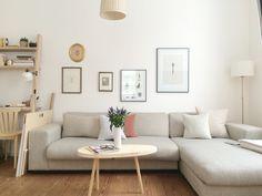 Zwischen den Jahren... #beistelltisch #sidetable #coffetable #interior #einrichtung #einrichtungsideen #dekoraktion #decoration #wohnzimmer #livingroom #wood #holz Foto: Annabell.