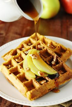 Loaded with both the fall-favorite flavors of pumpkin and apple, Pumpkin-Apple Waffles make a fabulous start to your day. Make a big batch when you can, freeze, and have a quick-&-easy breakfast ready to go in minutes! Quick And Easy Breakfast, Savory Breakfast, Make Ahead Breakfast, Breakfast Time, Breakfast Ideas, Breakfast Recipes, Freezer Cooking, Freezer Meals, Breakfast