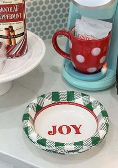 Looking for quick, easy, & budget-friendly ideas for your Holiday Coffee/Hot Chocolate Station? Try DIY Christmas Coffee and Hot Chocolate Bar by thetarnishedjewelblog.com. #coffeebar #christmascoffeebar #homegoods #homegoodsfinds #targetstyle #christmashotchocolate #christmascoffee #christmasdecor #hotchocolatebar #hotchocolate #holidayhotchocolate #holidaycoffee #holidayhotchocolatebar #holidaycoffeebar #christmasdecoratingideas #christmasdecoratinghasbegun #christmassleigh #christmas2020