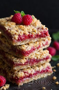 Raspberry Crumb Bars Need: 1 C AP flour; 1/4 tsp baking soda; 1/4 tsp salt; 1 C old fashioned rolled oats; 1/2 C packed light-brown sugar; 1/2 C unsalted butter, softened; 3/4 C raspberry jam, seedless if preferred (or other flavor of jam).