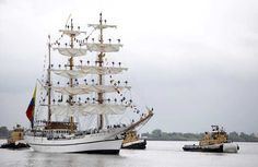 The Guayas-Ecuadorian Tall Ship makes her way up the Mississippi River into the Port of New Orleans during NOLA Navy Week and Commemoration of the Bicentennial of the War of 1812 in New Orleans, Louisiana April 17, 2012.