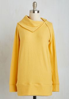 Stay Inn Sweater in Sunflower - Gals, Gifts2015, Travel, Lounge, Long, Yellow, Solid, Exclusives, Variation