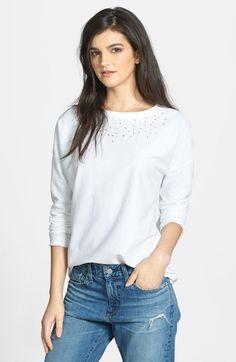 Embroidered Neck Cotton Sweatshirt http://picvpic.com/women-tops-sweatshirts/3791677-embroidered-neck-cotton-sweatshirt?ref=QA8LwA