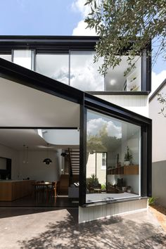 Unfurled House by Christopher Polly Architect - Design Milk Architecture Design, Australian Architecture, Architecture Interiors, Architects Sydney, Rear Extension, Inspiration Design, Design Ideas, House Extensions, Prefab Homes