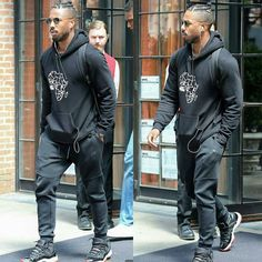 Our favourite boo Michael B. Jordan was spotted leaving the Bowery Hotel on Thursday  in New York City.  #streetstyle #ebfablook #Emmanuelsblog #fashion #styleblogger #fashionblogger
