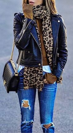 · Leopard Scarf // Leather Jacket // Destroyed Jeans // Shoulder Bag The signing of jewelry and jewelry Uno de 50 presents its new fashion and accessories trend for autumn/winter Fashion Trends Accesories -