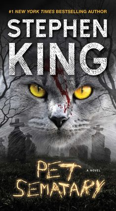 Pet Sematary by Stephen King Here are more books becoming movies in New Books, Books To Read, 17 Kpop, Stephen King Books, Stephen Kings, Pet Sematary, Horror Books, Horror Movies, Halloween Books