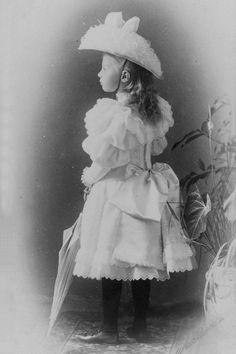 "Princess Tatiana Konstantinovna Romanova of Russia in 1896. ""AL"""