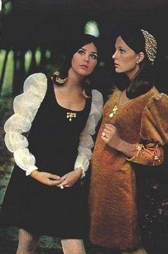 1960s dress t- Romeo & Juliette influence on fashion ala Olivia Hussey:
