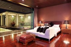 Brown and Red Bedroom Decorating Ideas - Bedroom Interior Designing Check more at http://maliceauxmerveilles.com/brown-and-red-bedroom-decorating-ideas/