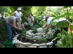How to make a proper permaculture herb spiral - this would look pretty good in the front yard :)