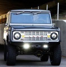 Icon 4x4 - Ford Bronco