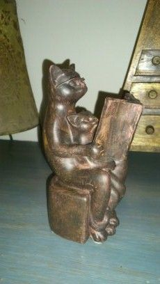 I bought this cat also on Ebay Wooden Cat, My House, Lion Sculpture, Collections, Statue, Cats, Stuff To Buy, Ebay, Gatos