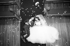 Sweet Charming Vintage Wedding in Ontario   Wedding Obsession - Canadian Blog