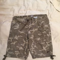 Nike camouflage shorts Great condition! Time to impress the hunters with these sexy shorts!! They do stretch a little! Nike Shorts Bermudas