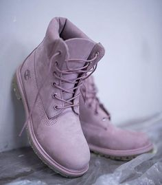 Timberland Boots, an American Icon ~ Fashion & Style Cute Shoes, Women's Shoes, Me Too Shoes, Shoe Boots, Shoes Sneakers, Tims Boots, Yeezy Shoes, Girls Shoes, Converse Shoes