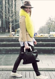 White high-top converse, leather pants, neon scarf : so much to love!