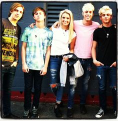 R5 celebrating the release of LOUDER! << can i be pretty like rydel? i promise i'll be good!