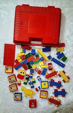 VINTAGE Red LEGO Case Carry Box Plastic 1985 With RARE Legos Lot