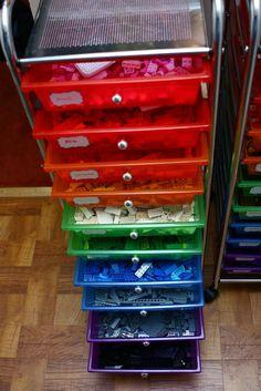 Easy to maintain Lego storage - probably my favorite LEGO idea!