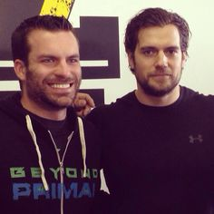Can you take it? Superman hanging out & helping out in Detroit & we're LOVING IT. More pics and details added. http://www.henrycavillnews.com/2014/02/henry-cavill-spotted-in-detroit.html?m=1 #HenryCavill