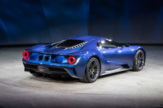 New Ford GT Supercar Revealed At 2015 Detroit Auto Show | http://www.modifiedperformanceparts.com/new-ford-gt-supercar-revealed-2015-detroit-auto-show/