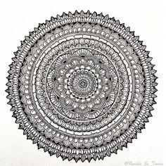 Mandala de @mandala_by_tinetine ❤️ . . .  #zentangle #zentanglecondani #zentangleart #dibujo #drawing #art #madala #abstractpainting #abstractphoto #abstractphotography #abstracts #acrylic #animation #art  #arte #artwork  #creative #drawing #drawings #fineart #mandala  ~