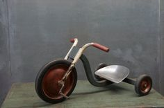 1940s Steel Circus Tricycle Big Wheel : 20th Century Vintage Industrial Modern50 Style