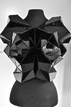 Could use pieces of leather and then stitch with wire? Geometric Fashion Design - bodice with a folded, faceted structure & bold stitch detail; Origami Fashion, 3d Fashion, Fashion 2018, Fashion Details, Geometric Fashion, Geometric Dress, Iris Van Herpen, Gareth Pugh, Issey Miyake