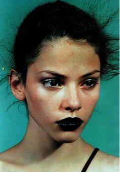 Black lipstick + undone face & hair
