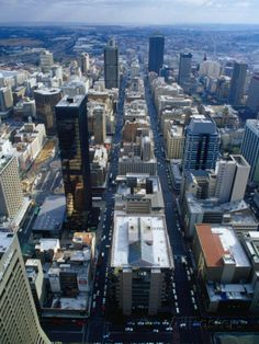 Johannesburg City Centre from the Carlton Centre, Johannesburg, Gauteng, South Africa Fotografie-Druck von Richard I'Anson bei AllPosters. Pretoria, African Countries, Countries Of The World, Johannesburg City, Celebrity Infinity, Namibia, Le Cap, Les Continents, Africa Travel