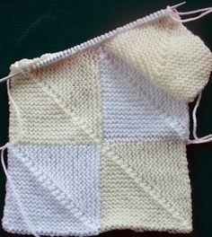 Step-by-Step Domino Knitting Tutorial by The Curious Krafter. This pattern uses two colors to make a checkerboard pattern, but this could be a great way to use up yarn leftovers as well! Baby Knitting Patterns, Knitting Squares, Knitting Stitches, Knitting Yarn, Free Knitting, Crochet Patterns, Blanket Patterns, Knit Or Crochet, Hand Crochet