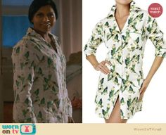 Mindy's green bird print pajama shirt on The Mindy Project.  Outfit Details: http://wornontv.net/30355/ #TheMindyProject