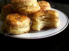 Pogacele cu jumari by radu camelia Serbian Recipes, Serbian Food, Special Recipes, Beignets, Bagel, Appetizers, Food And Drink, Bread, Breakfast