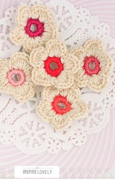 Crocheted flowers, for a blanket