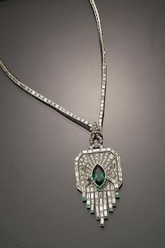 Art Deco choker length necklace...I could see this beautiful sparkly being worn at a Great Gatsby-style party back in the '20s.
