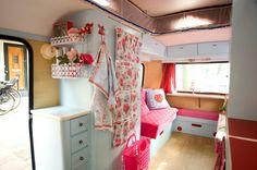 Je caravan snel verven?Dat kan met:  Vintage Paint uit Denemarken. www.de-oude-bank.nl