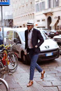 urbanemenswear: A hat is a great piece to wear year round.