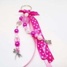 Porte clef / bijou de sac ruban papillon rose Papillon Rose, Creations, Drop Earrings, Boutique, Personalized Items, Etsy, Accessories, Jewelry, Ideas