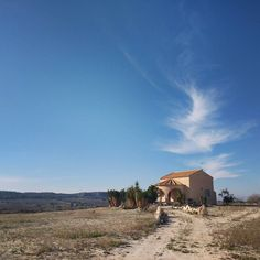 During a 3km walk into the local town I spotted this lonesome building with farm land surrounding.  #architecture #spanisharchitecture #villa #home #spain #walk #sanmigueldesalinas #farming #farm #sky #clouds #photooftheday #wintersun by m_stoyles