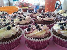 Pretty blueberry cupcakes