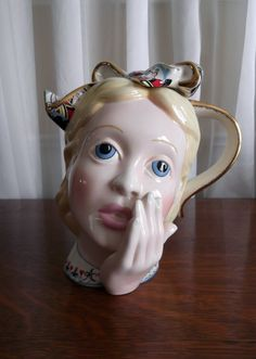 Vintage Alice in Wonderland Teapot Collectible by 'looseendsvintage' $99.00 Reduced from $149.00 one available on Etsy★❤★