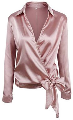 SheIn offers Satin Knotted Hem Surplice Blouse & more to fit your fashionable needs. Red Long Sleeve Shirt, Long Sleeve Tops, Red Shirt, Long Tops, Pink Satin Blouse, Sexy Bluse, Chemise Fashion, Satin Bluse, Spring Shirts