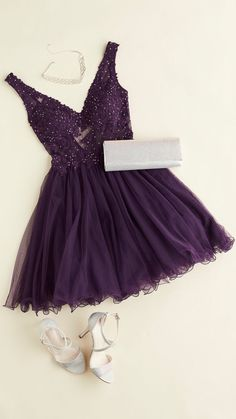 A plum dress is perfect for the fall formal! This … – Dress Style A plum dress is perfect for the fall formal! This … – Dress Style,Dresses A plum dress is perfect for. V Neck Prom Dresses, Grad Dresses, Dance Dresses, Purple Homecoming Dresses, Short Purple Dresses, Plum Dresses, 1950s Dresses, Prom Gowns, Quinceanera Dresses