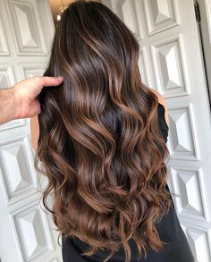 Brown Hair Balayage, Hair Color Ideas For Brunettes Balayage, Hair Color Balayage, Balayage Hair Caramel, Hair Styles For Brunettes, Ombre On Dark Hair, Dark Hair With Lowlights, Balayage Hair Brunette Caramel, Balyage Long Hair