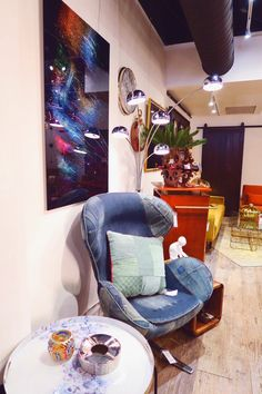 KARE Toronto VIP Event Fall Home Furnishings Collection – bestdayblogger Queen Street West, Autumn Home, All The Colors, Home Furnishings, Vip, Bean Bag Chair, Toronto, Colours, Fall